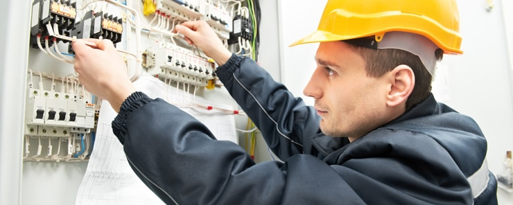 Choosing a Commercial Electrician in Marietta GA