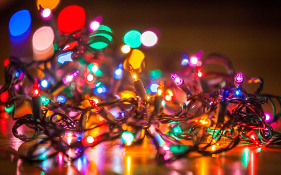 When Should Your Christmas Lights Come Down